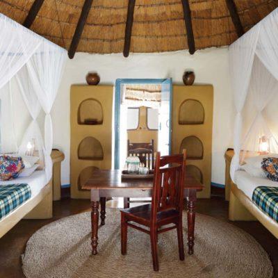 7Planet Baobab - Baobab Hut interior