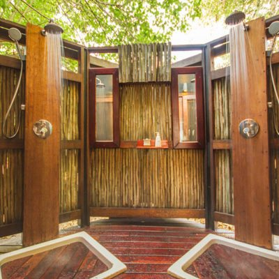 Kwando Lebala outdoor showers