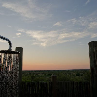 Kwando Tau Pan outdoor shower view