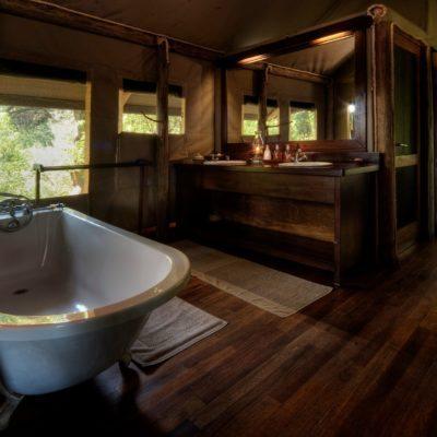 Little Kwara - bathroom