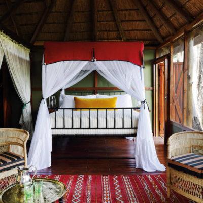 3Mapula-Lodge-Bedroom-double-chalet