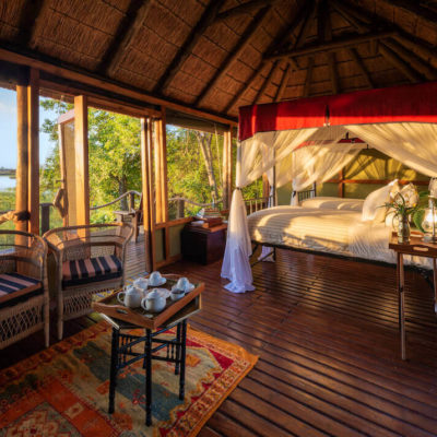 9Mapula-Lodge-Twin-beds-and-seating-area-1