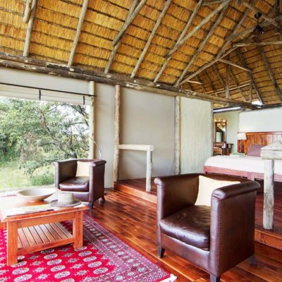 Kwando Lagoon bedroom and lounge