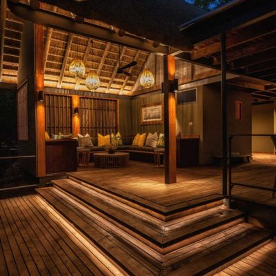 Pool_Lounge